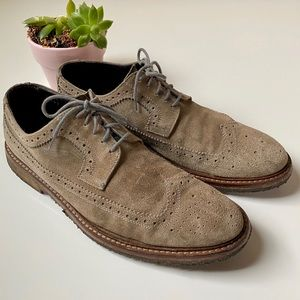 To boot suede tan wingtip shoes